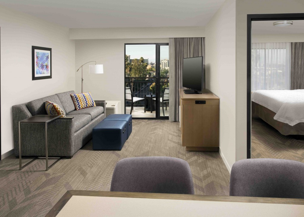 Hampton Inn Suites By Hilton Anaheim Garden Grove Disneyland Hotels 1 Bedroom Suite King