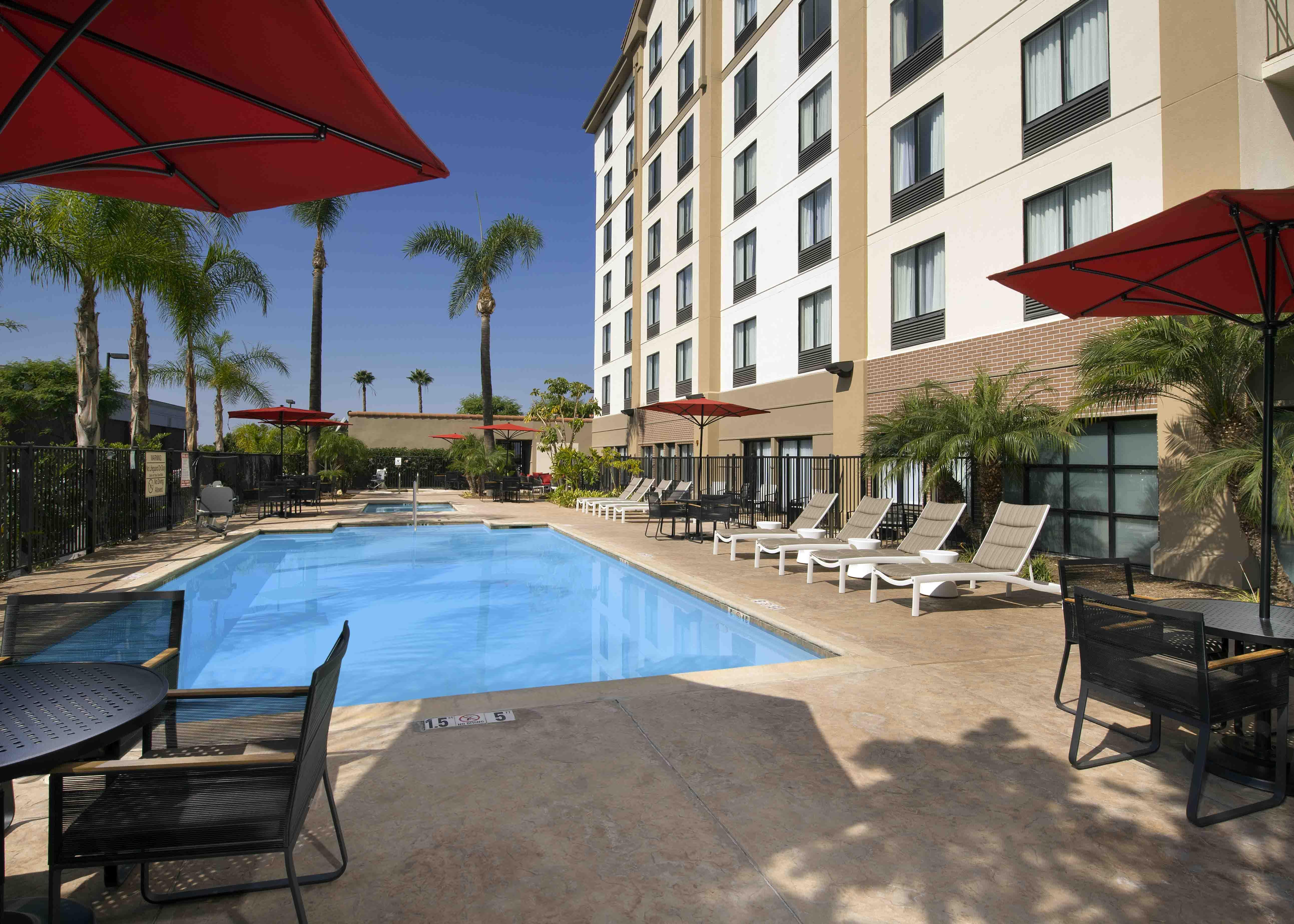 Hampton Inn Suites By Hilton Anaheim Garden Grove